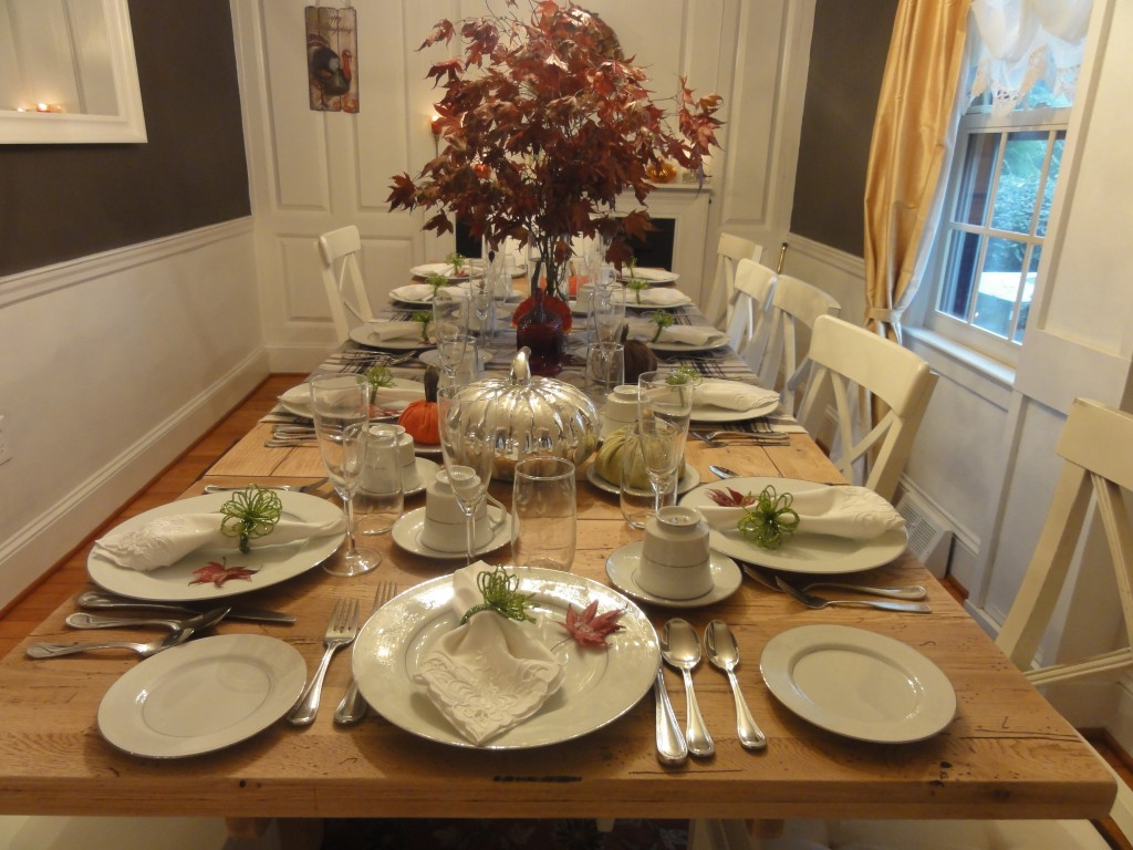 Thanksgiving Table Decor