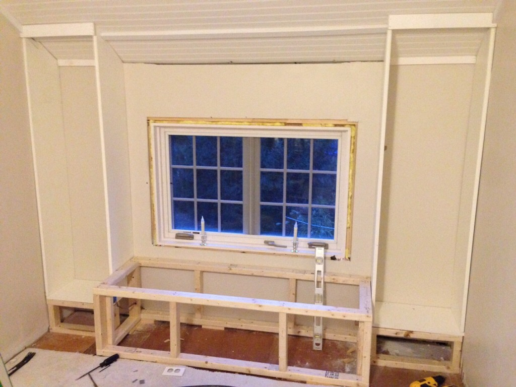 Enjoyable Diy How To Build A Window Seat And Built In Bookcases Download Free Architecture Designs Scobabritishbridgeorg