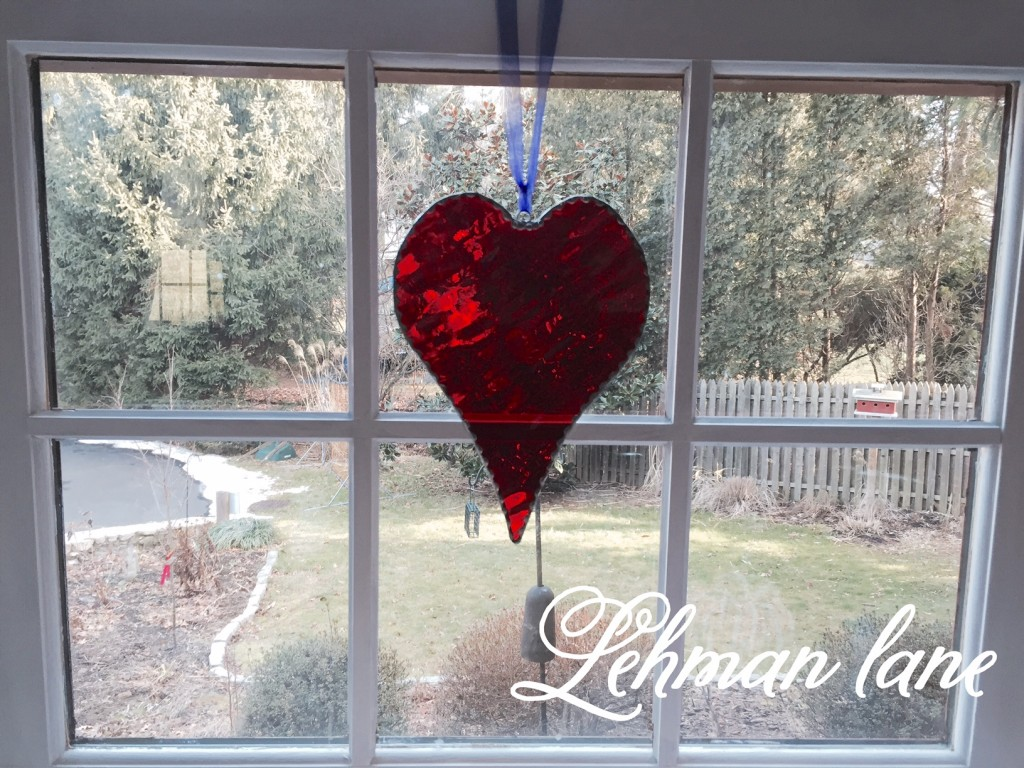 Decorating for Valentine's Day - A Heart Craft