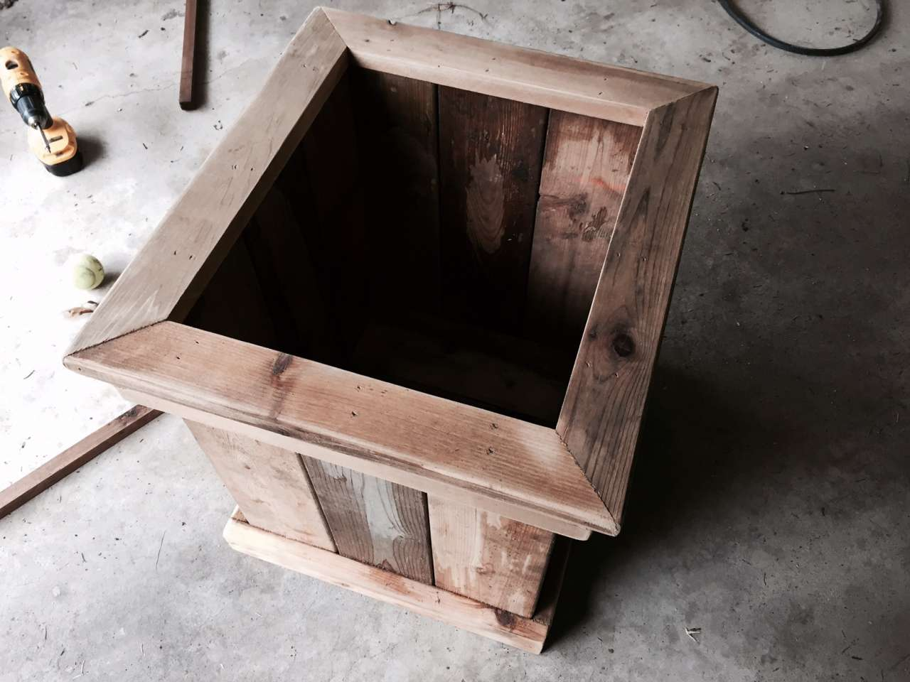 DIY: How to Make a Cedar Planter