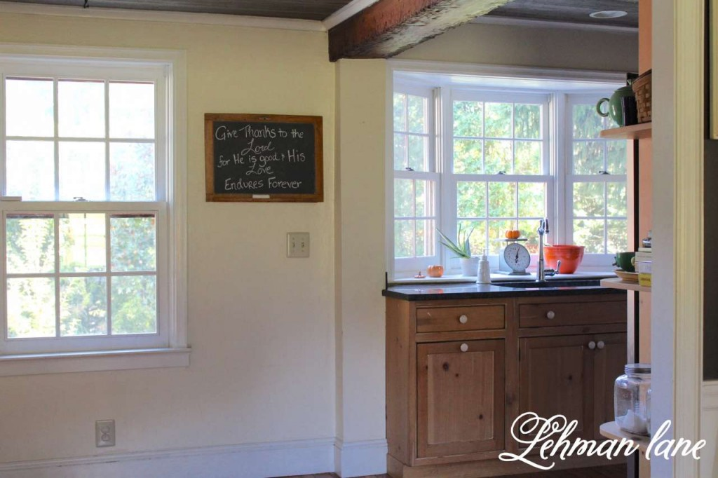 Fall home tour / farmhouse kitchen