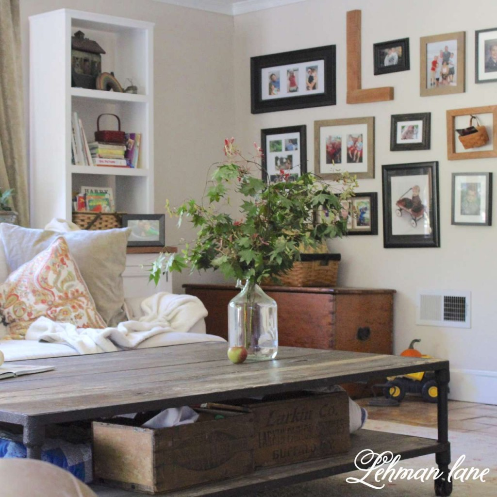 Fall Home Tour / gallery wall / leaves in a jar