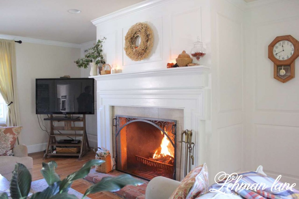 Fall Home Tour / living room / fireplace