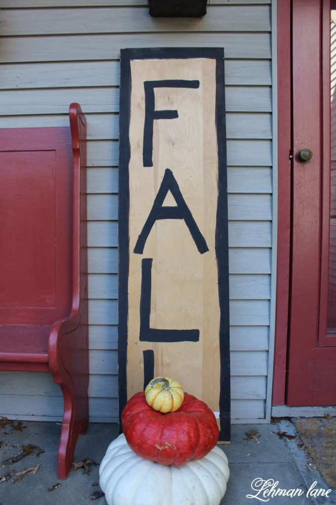 8 ways to beautifully decorate or fall on a budget / fall sign