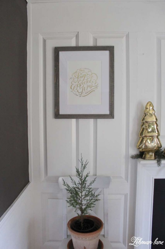 Green and Gold Christmas Dining Room and Holiday home hop