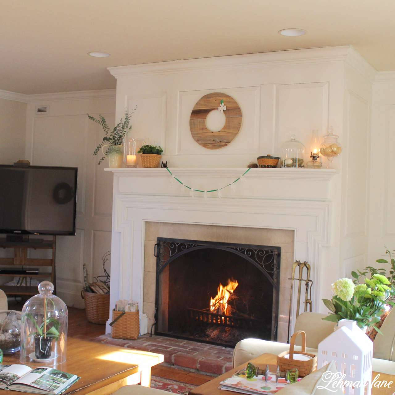 I am sharing my green St. Patrick's day tour with many of my blogging friends! Come check out how I decorated my house accented by shamrocks and green.