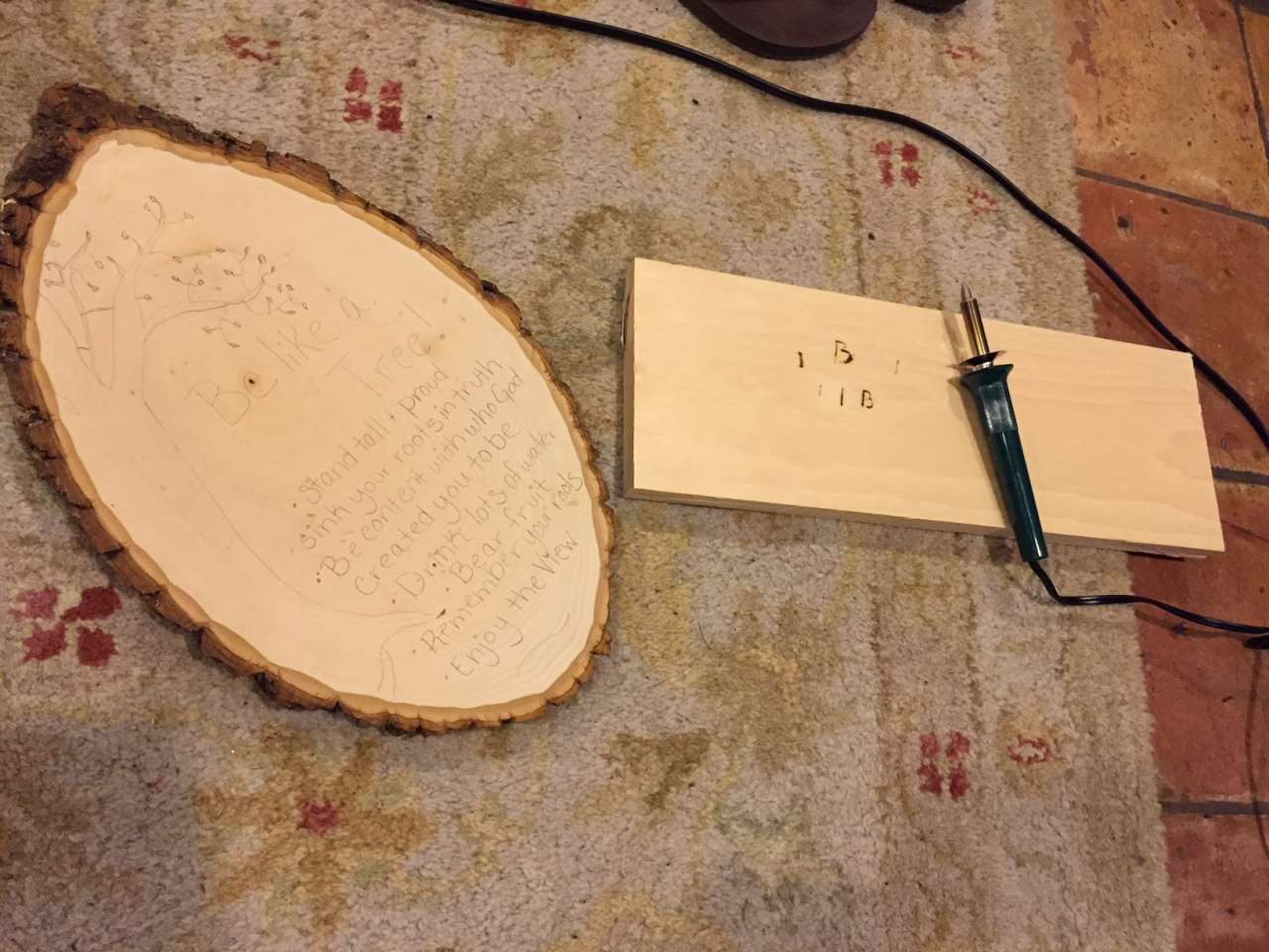 Create and Share - Walnut Hollow - DIY Rustic Sign