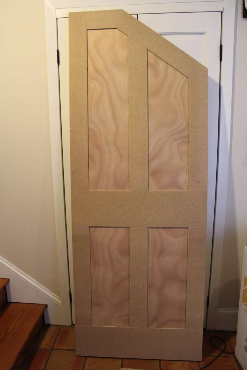How To how to build door pics : DIY - How to Build an Angled Door - One Room Challenge Week 5 ...