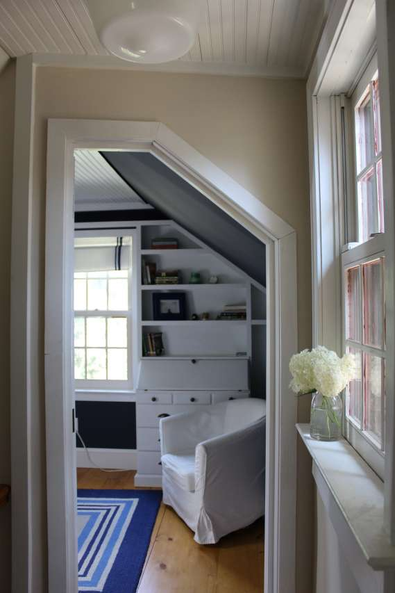 How to build an angled door - farmhouse hallway, angled doorway