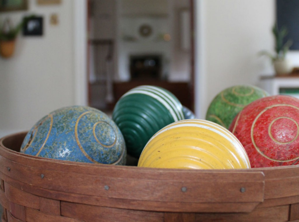 farmhouse summer tour family room croquet balls
