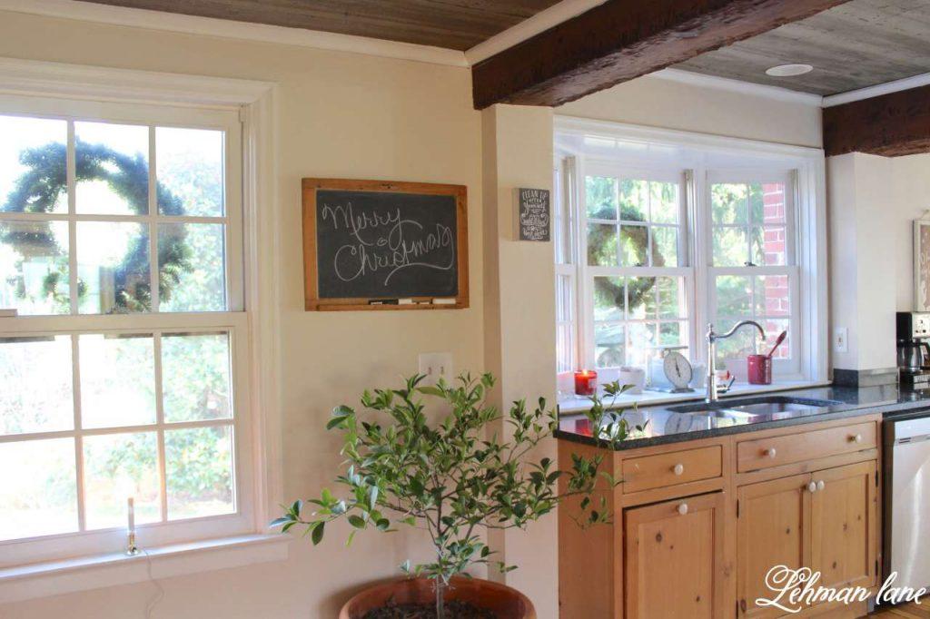 A Very Farmhouse Christmas Home Tour - kitchen