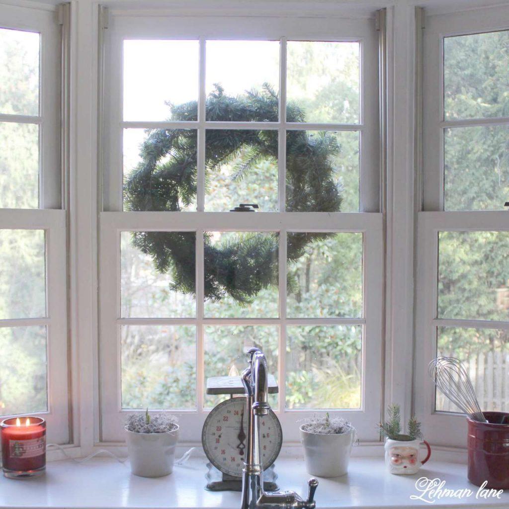 A Very Farmhouse Christmas Home Tour - kitchen sink