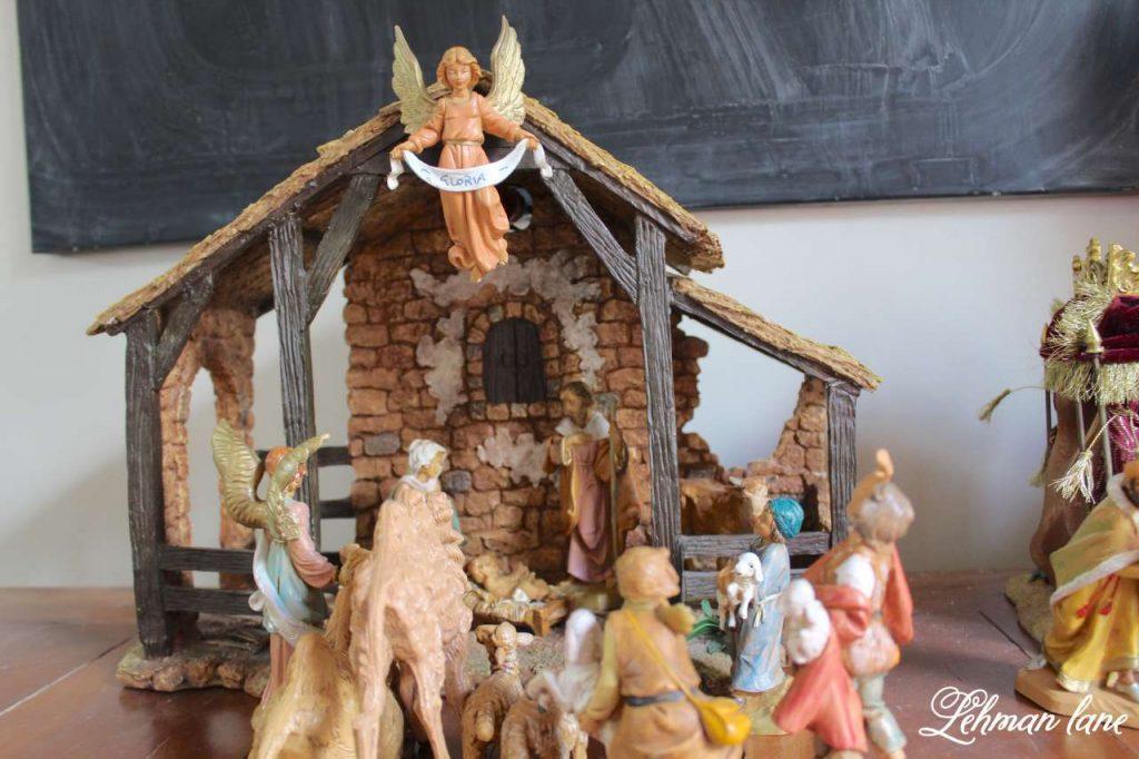 A Very Farmhouse Christmas Home Tour - nativity