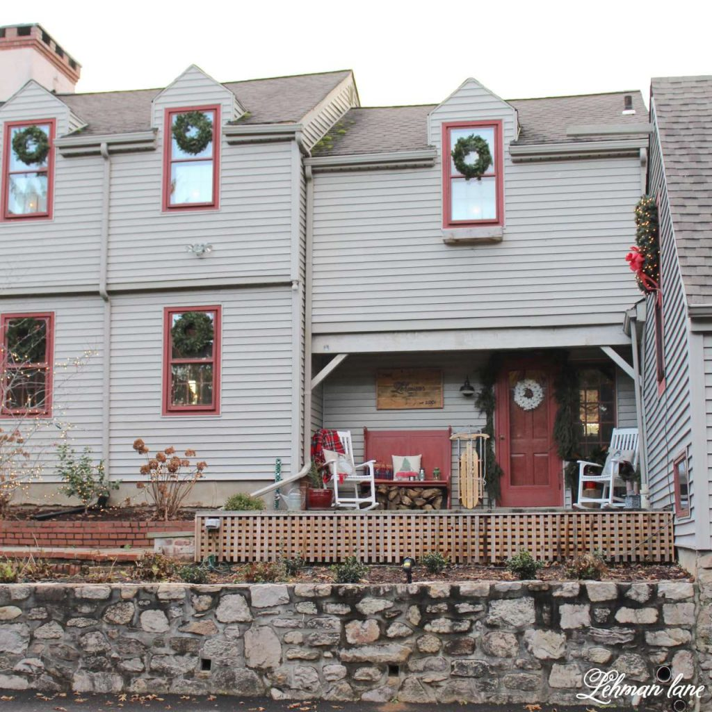 Christmas Front Porch - farmhouse