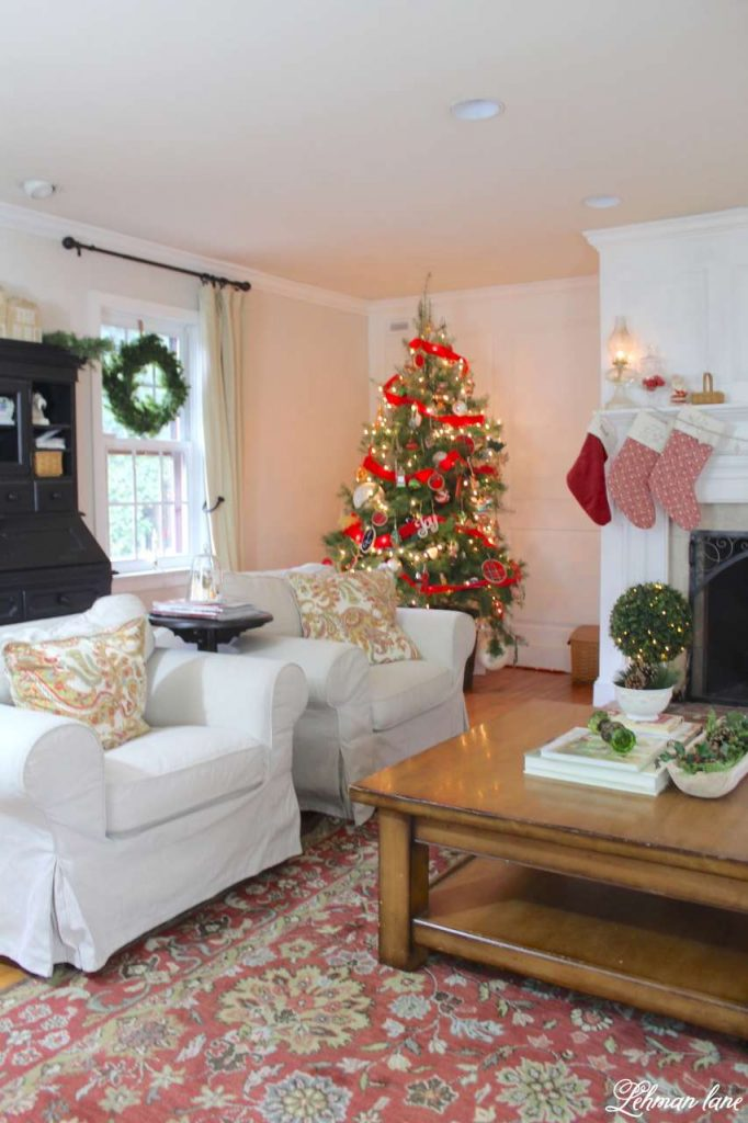 Christmas Living Room - Very Merry Christmas Tour - tree