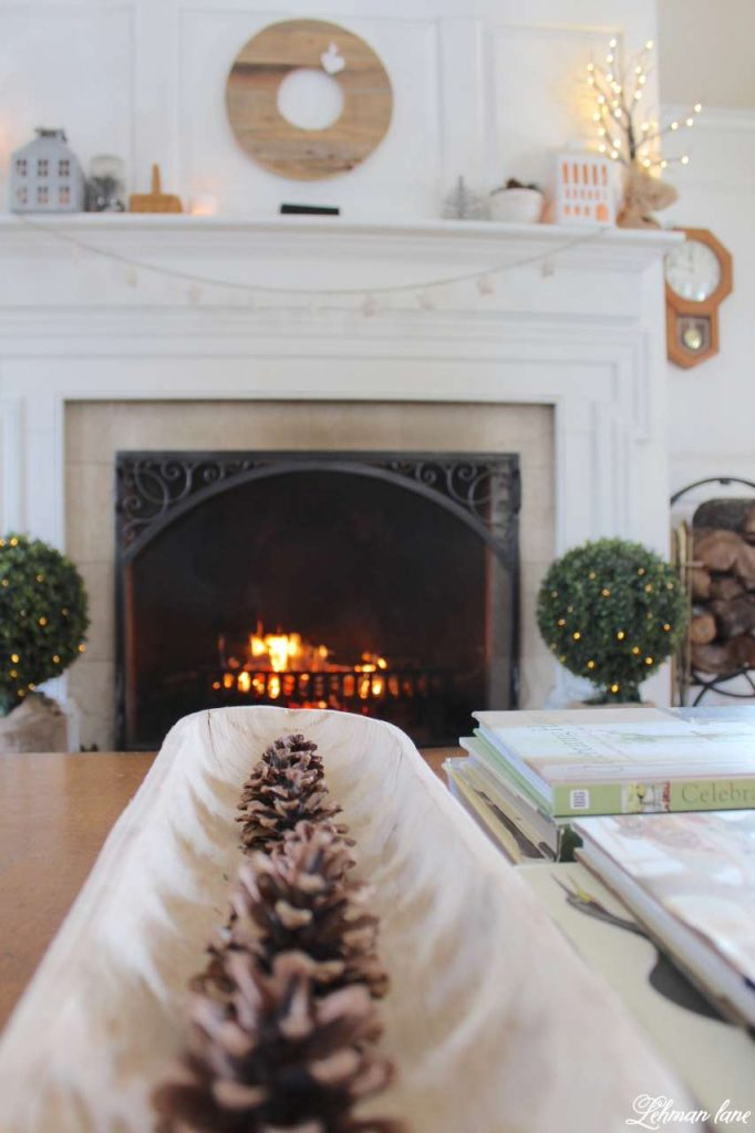 Winter Mantel - Living Room