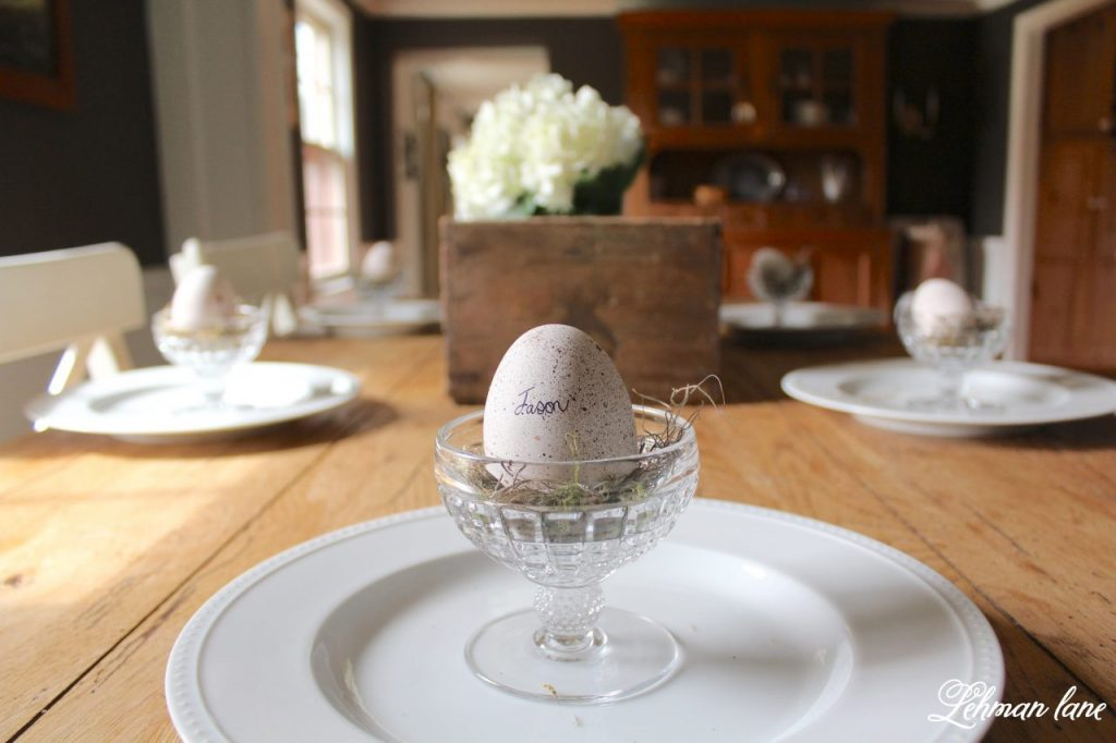 DIY - Speckled Eggs on dining table