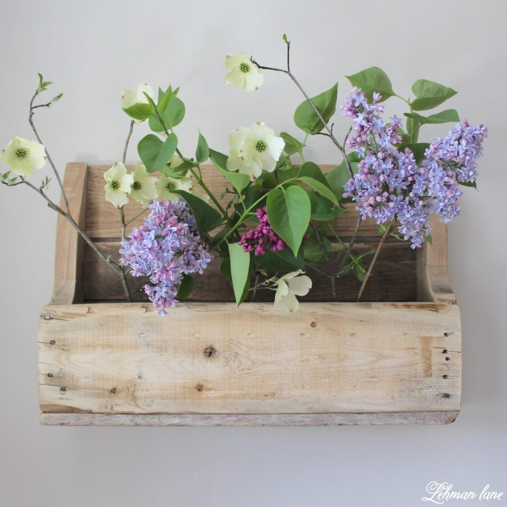 DIY Wood Pallet Shelf for Flowers - Create & Share Challenge