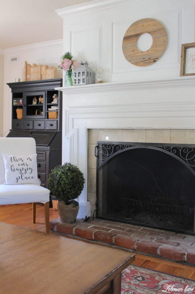 Summer Mantel Decor for our Farmhouse - living room fireplace