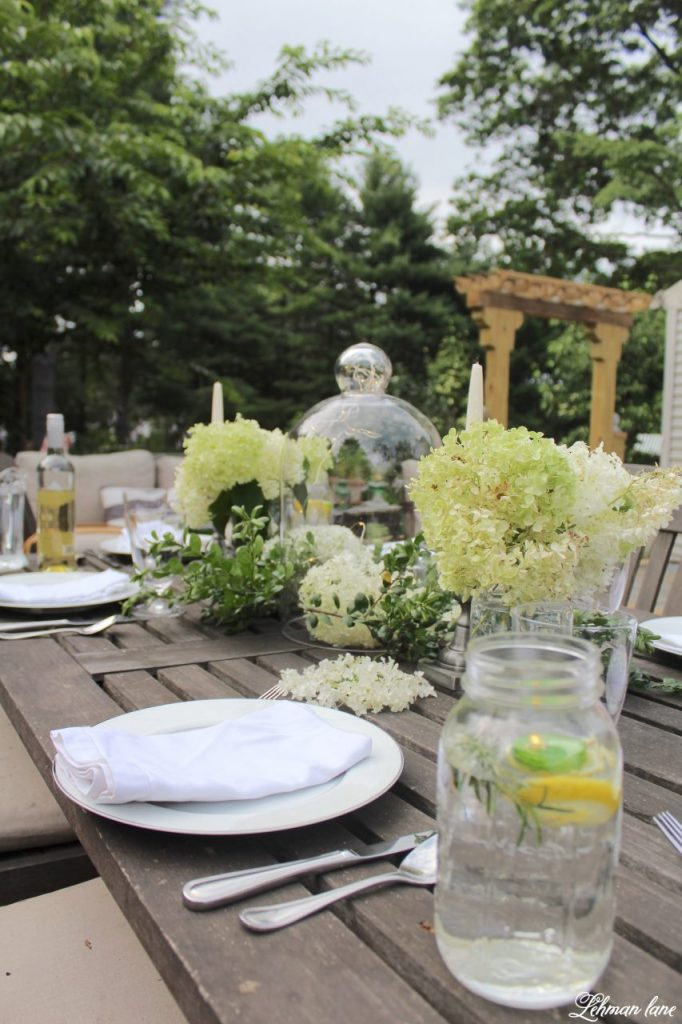 Outdoor Summer Tablescape