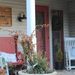 Christmas Home Tour - farmhouse front porch #christmas #christmastour http://lehmanlane.net