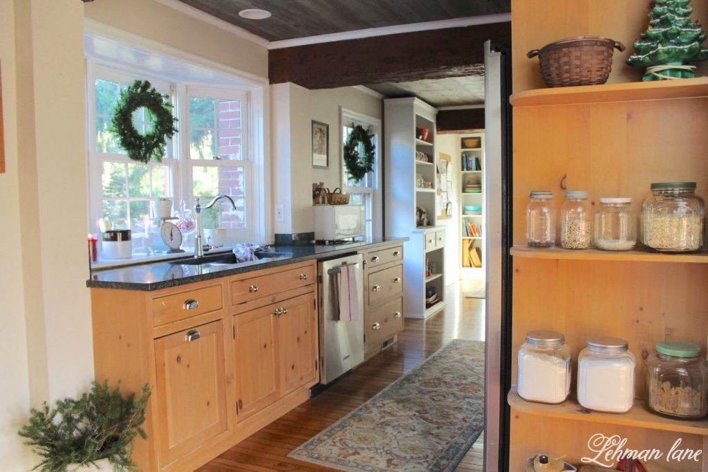 Christmas Home Tour - kitchen