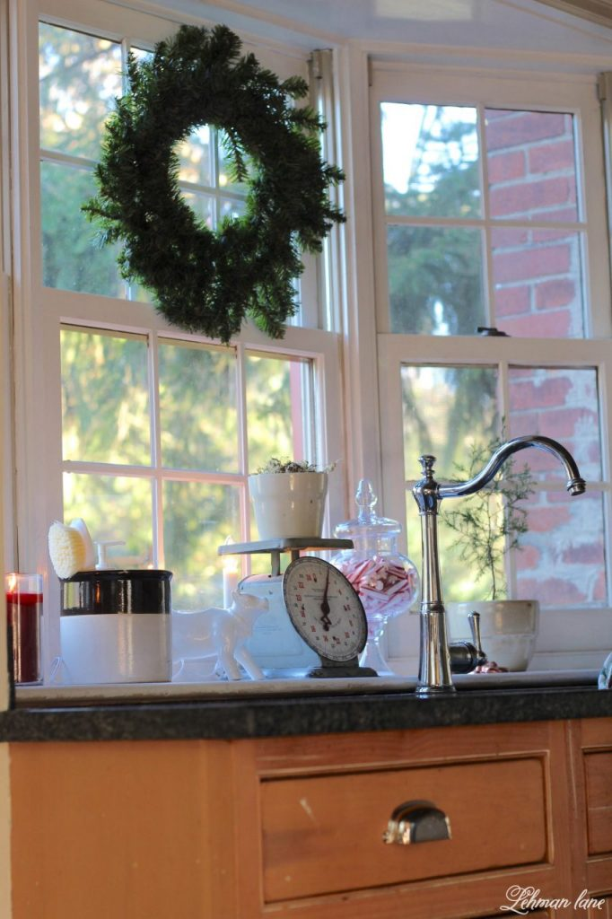 Christmas Home Tour - kitchen sink