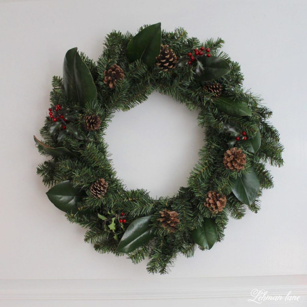 DIY Simple Christmas Wreath - no glue gun required! in less than 10 mins