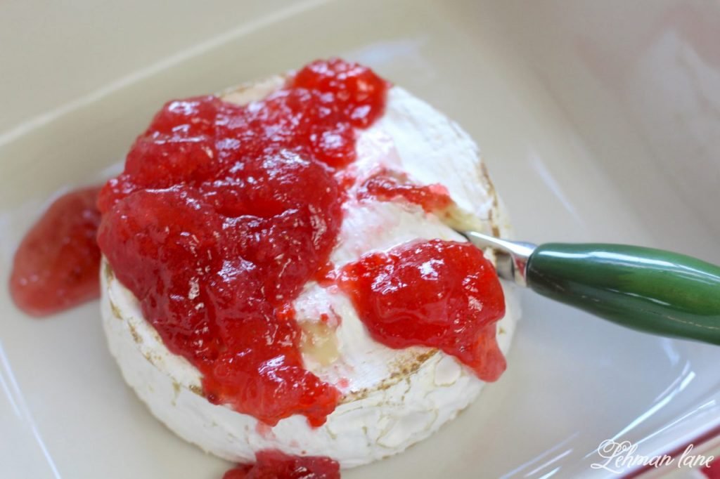 Simple Baked Brie with Strawberry Jam - quick holiday appetizer http://lehmanlane.net