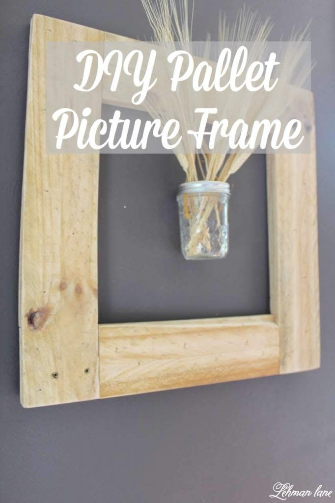 DIY Pallet Picture Frame - Sharing step by step tips on how to make this simple square picture frame out of pallet wood. #palletprojects #pictureframe