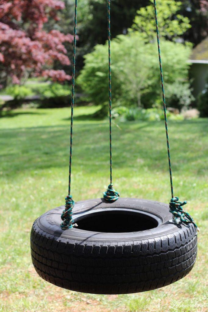 Summer Porch & Garden Tour Hop - tire swing