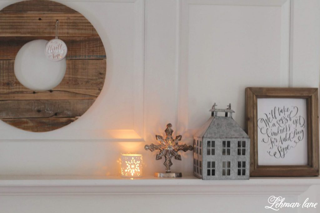Decorating After Christmas - Winter Decor in our Farmhouse - Decorating after Christmas can be tough, Any house can feel dark, dreary & bare after putting away all of it's Christmas decorations. I sharing a few simple ideas of how I keep the winter decor of our farmhouse bright, fresh & cozy even in the dark dreary days of winter. #winterdecor #hygge http://lehmanlane.net