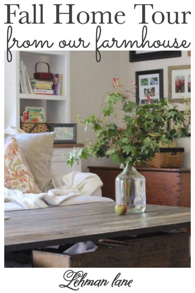 Sharing all the fall home tour decor ideas from our farmhouse room by room with pictures. #fall #fallhomedecor https://lehmanlane.net