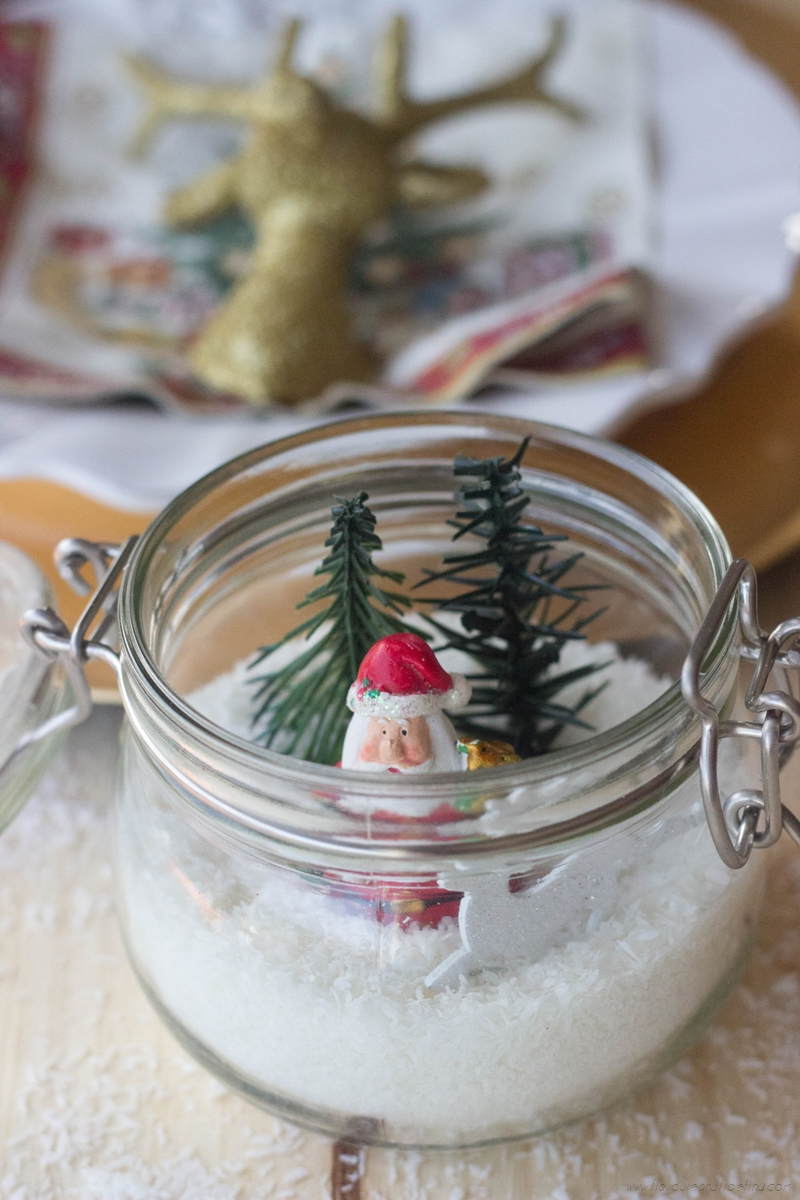 Table-Ornaments-for-Christmas-made-with-glass-jars-12