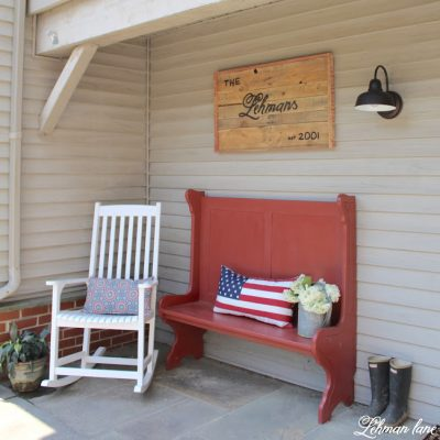 Sharing our new Farmhouse Entryway Bench