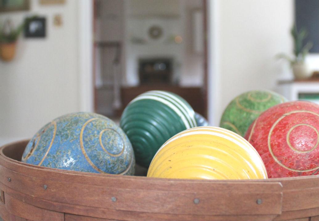 farmhouse summer tour family room croquet balls