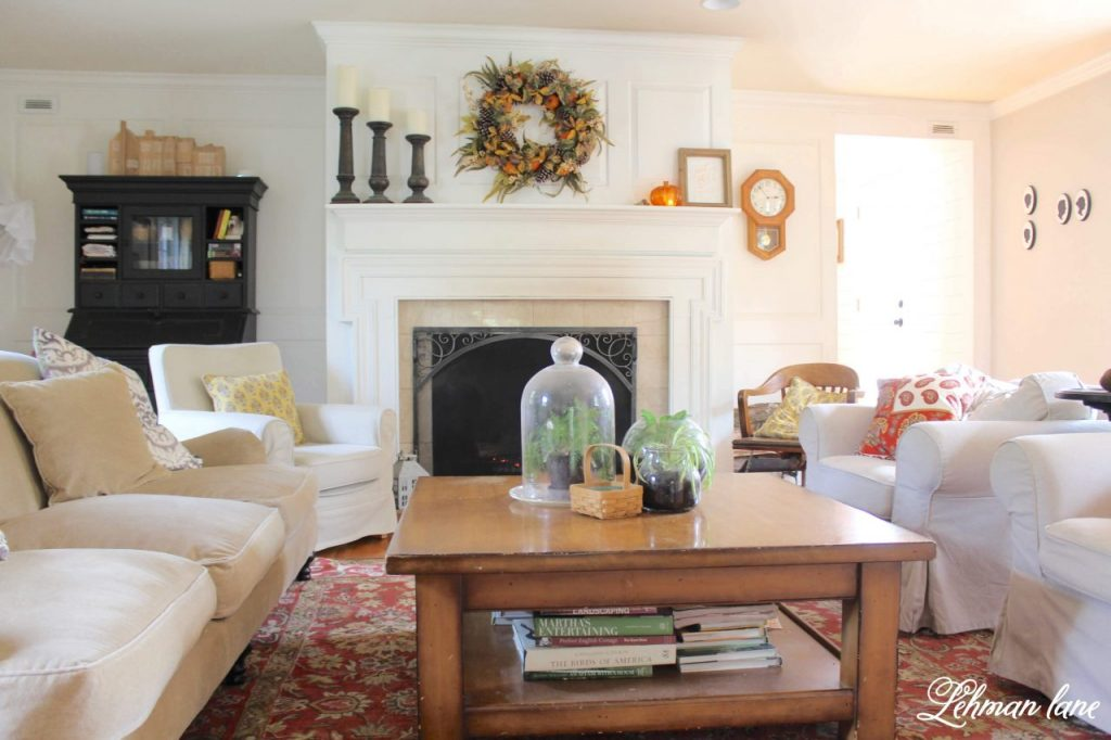 7 Fall Mantel Decor Ideas from our Farmhouse -  I am sharing our fall fireplace along with a 6 of my favorite fall mantel decor ideas from the past! #fall 3fallfarmhouse #fallmantel https://lehmanlane.net