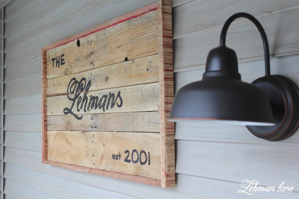 10 Pallet Furniture Projects to Build to bring Farmhouse Character to your home for FREE #palletprojects #farmhousestyle https://lehmanlane.net - pallet sign for farmhouse front porch