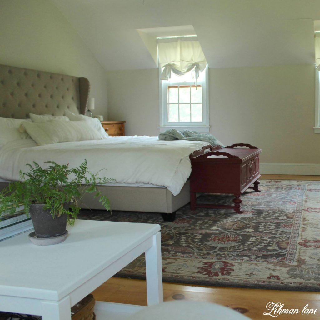We have a cozy & quiet sitting area in our master bedroom. Sharing 6 ideas of how to create the best master bedroom sitting area in your home. #masterbedroomsittingarea #farmhousebedroom #farmhousedecor #bedroomideas https://lehmanlane.net